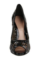 Alexander Mcqueen Laser Cut Patent Leather Pump in Black (b) - Lyst