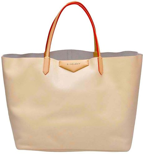 Givenchy Antigona Tote Bag in Beige - Lyst