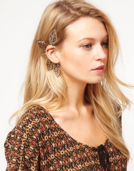 Asos Asos Filigree Leaf Ear Cuff in Silver - Lyst