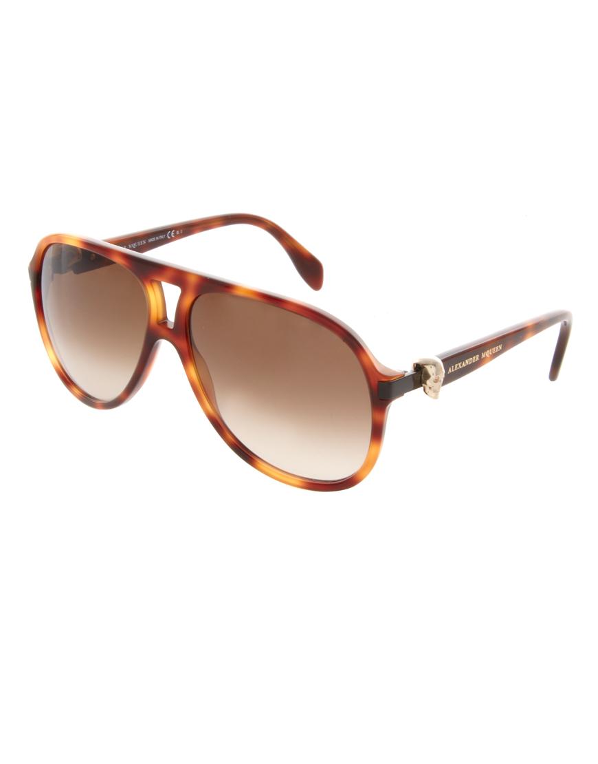 960c3a17882 Lyst - Alexander McQueen Plastic Skull Aviator Sunglasses in Brown ...