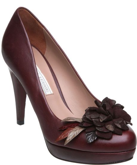 Pied A Terre Amatrine Flower Trim Court Shoes In Brown