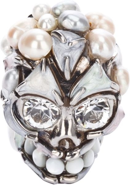 Alexander Mcqueen Skull and Pearl Ring in White (pearl) - Lyst