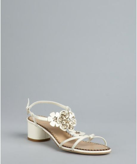 Dior Flower Detail Sandals in Beige (cream) - Lyst