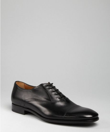 Prada Black Leather Seamed Cap Toe Oxfords in Black for Men - Lyst