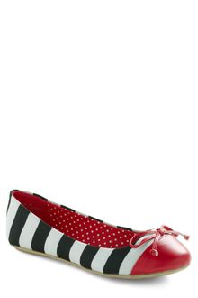 ModCloth Queen Of The Cone Flat in Red and Black - Lyst