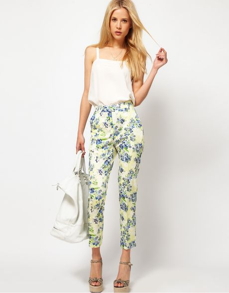 Asos Collection Asos Ankle Grazer Trousers in Floral Print in Blue (yellowprint)