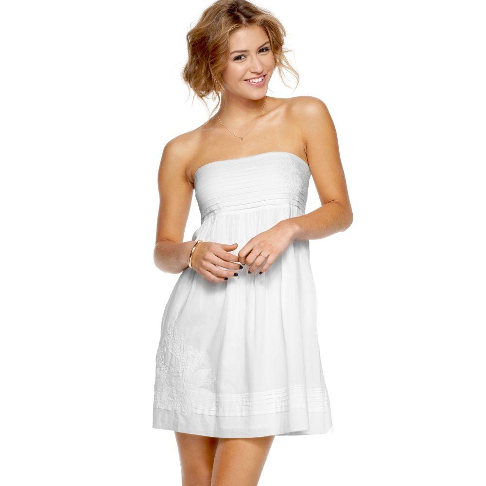 Jessica Simpson Strapless Pleated Embroidered Baby Doll in