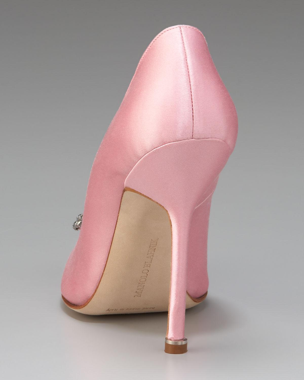 light pink hangisi manolo blahnik