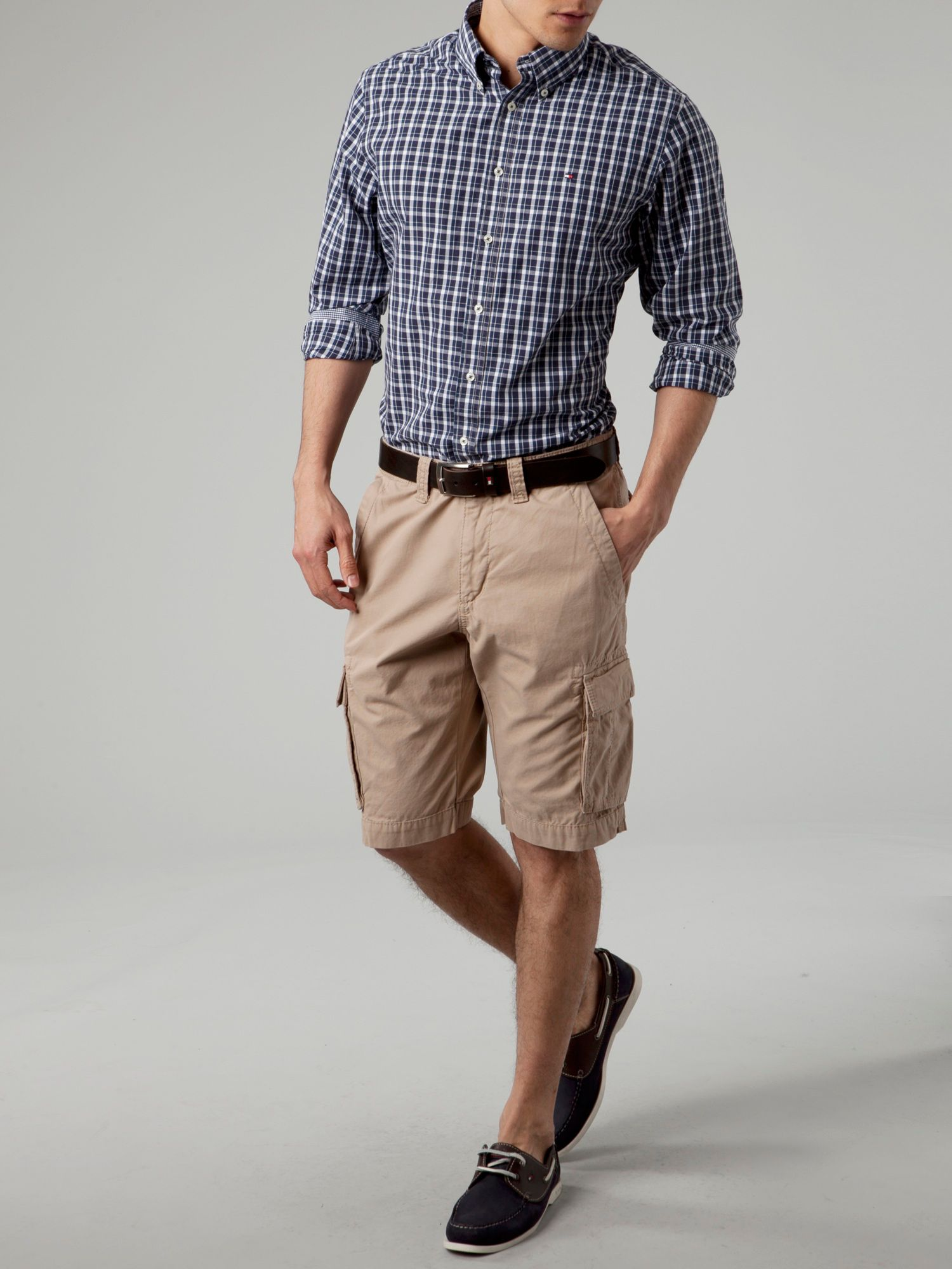 Tommy hilfiger John Boston Twill Cargo Shorts in Natural for Men ...
