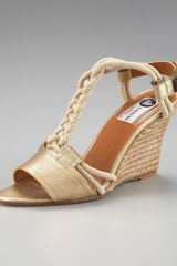 Lanvin Leather T-strap Wedge Sandal - Lyst
