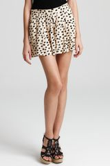 BCBGeneration Printed Pleat Front Shorts - Lyst