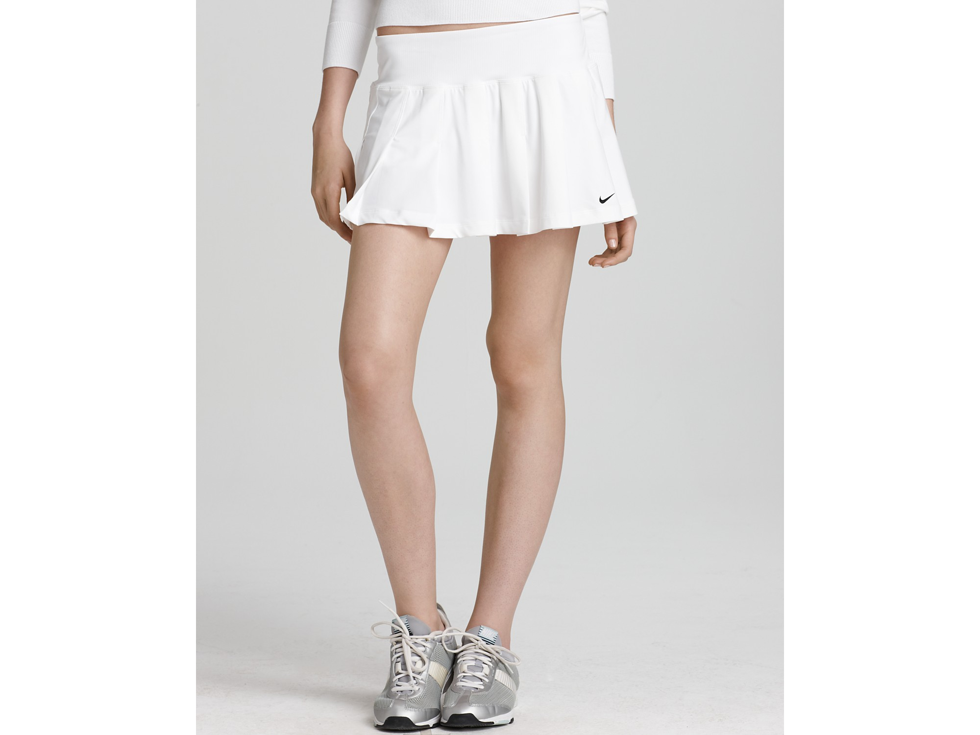 ash nike smash classic pleated skirt in white lyst