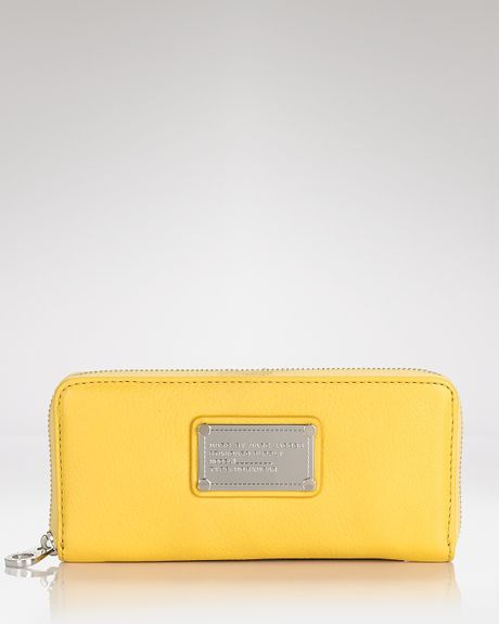 Marc By Marc Jacobs Wallet Classic Q Slim Zip in Yellow (rain slicker) - Lyst