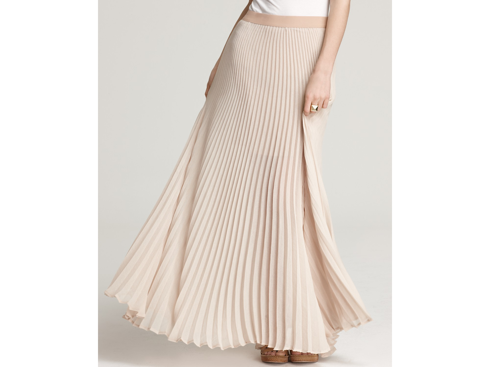 Bcbgmaxazria Skirt Estel Sunburst Pleated Maxi in Natural | Lyst