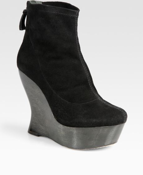 Alice + Olivia Suede Wedge Ankle Boots in Black - Lyst