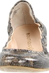 Boutique 9 Boutique 9 Womens Augustina Ballet Flat in Gray (black gold snake) - Lyst