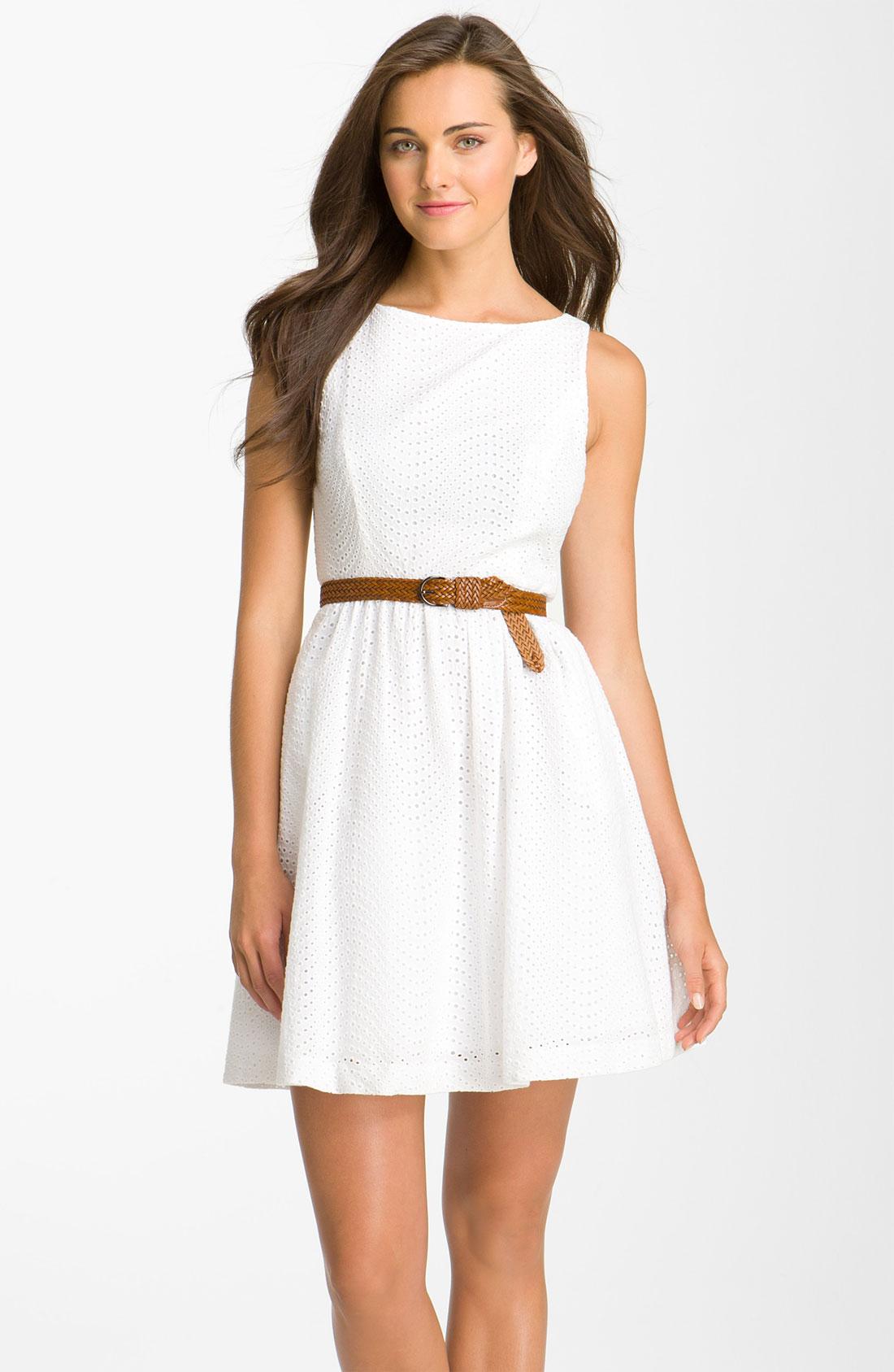 f5135b5d498 WHITE EYELET DRESS - Gunda Daras
