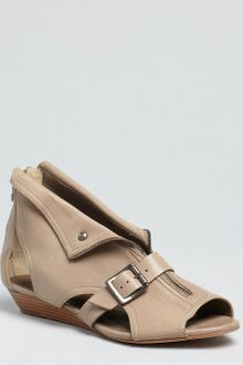 Pour La Victoire Light Grey Leather Gala Sandals - Lyst