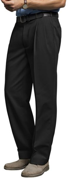 Dockers D3 Classic Fit Neveriron Essential Pleated Pants  in Black for Men - Lyst