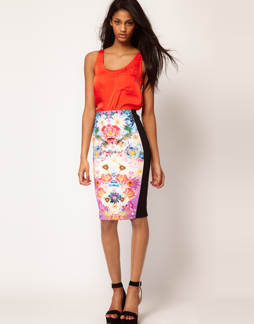 Asos Asos Pencil Skirt in Photographic Floral Print | Lyst
