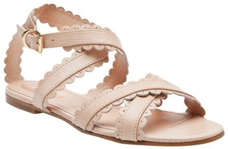 See By Chloé Scalloped Flat Sandal in Beige (nude) - Lyst