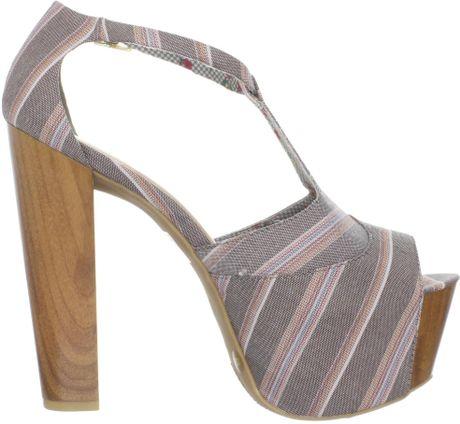 Jessica Simpson Womens Dany Platform Sandal In Gray Brown