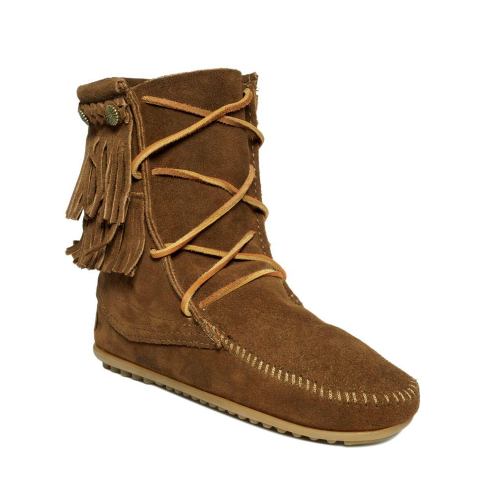 minnetonka fringe trer ankle boots in brown