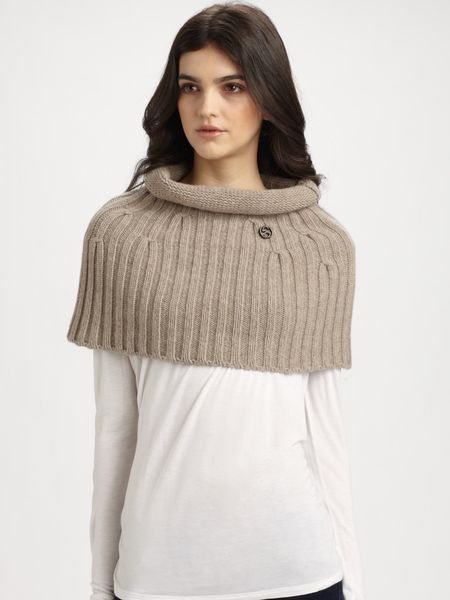 Gucci Wool Cashmere Olis Capelet in Beige (sand)