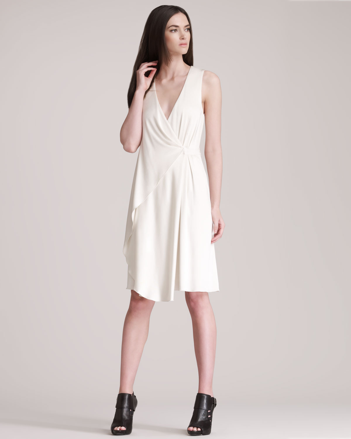 Alexander wang Sleeveless Wrap Dress in White | Lyst