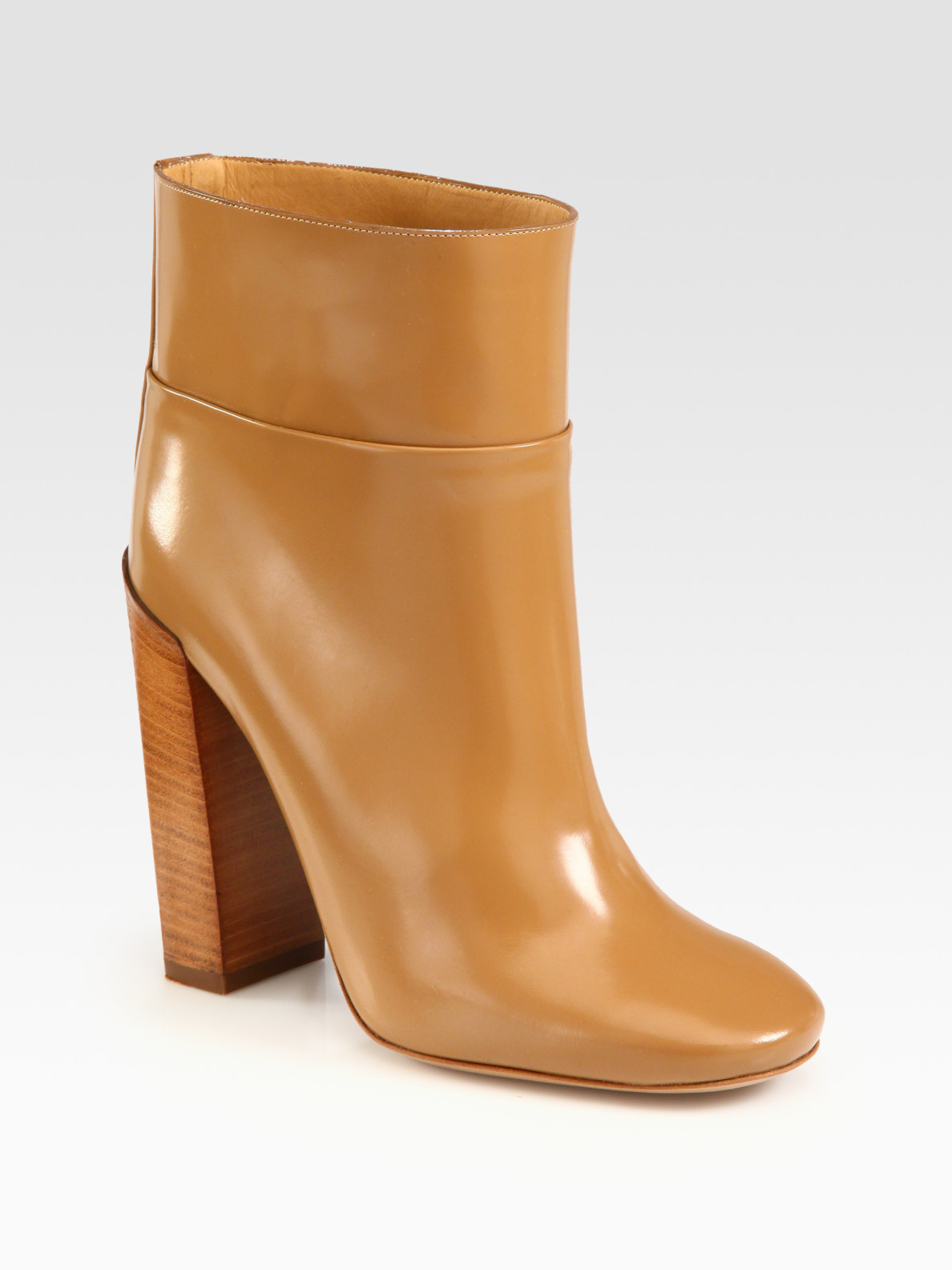 ceebb7e646b1 Lyst - Chloé Leather Ankle Boots in Natural