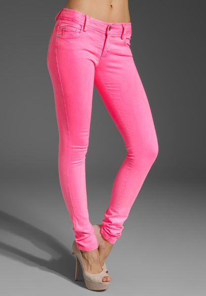 Alice + Olivia 5 Pocket Skinny Jean in Pink (neon pink)