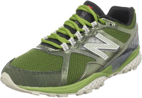New Balance New Balance Womens Wt915 Trail and Off Road Shoe in Green
