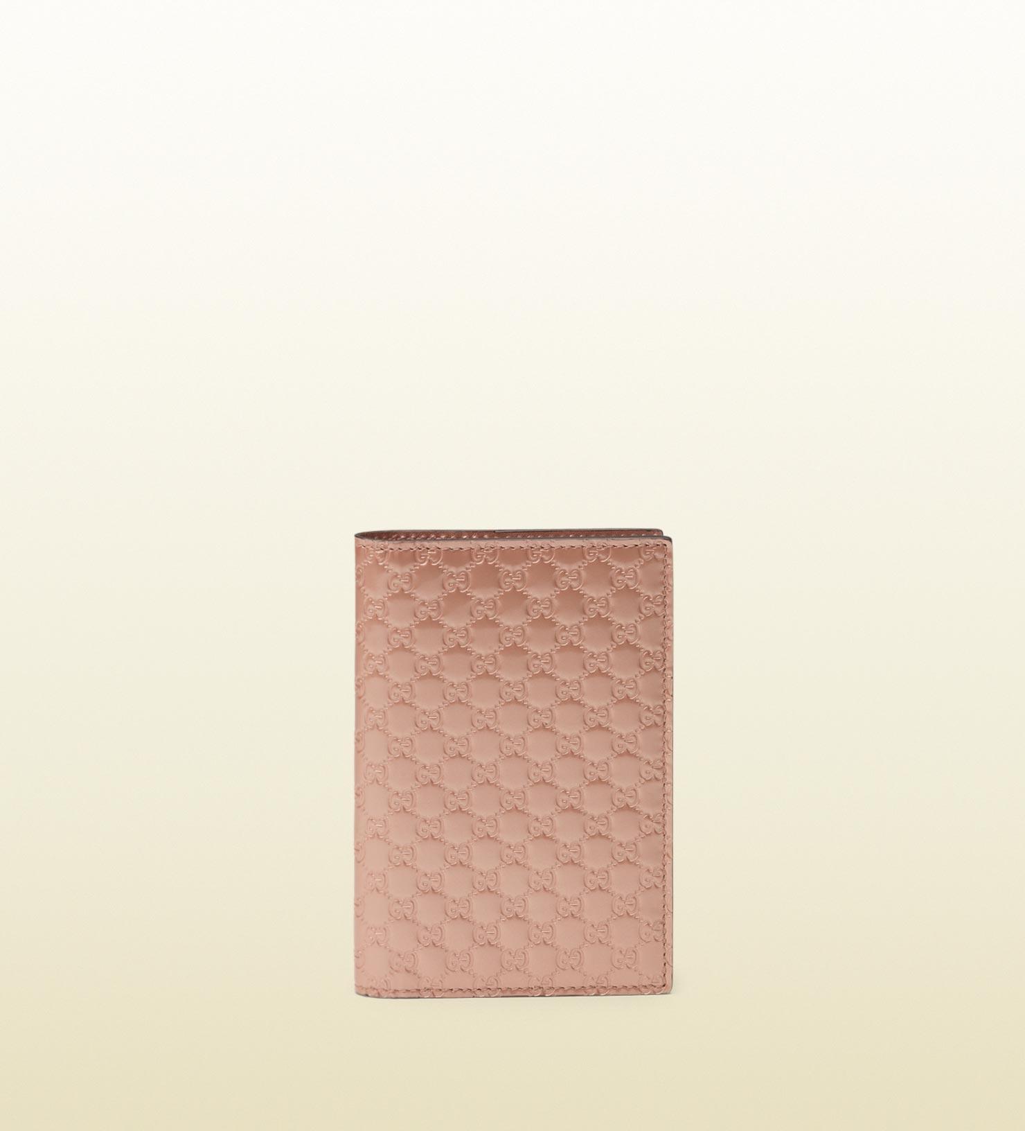 01332968684 Lyst - Gucci Passport Case in Pink