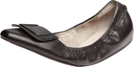 Elizabeth And James Scrunchy Ballerina Flat in Black - Lyst