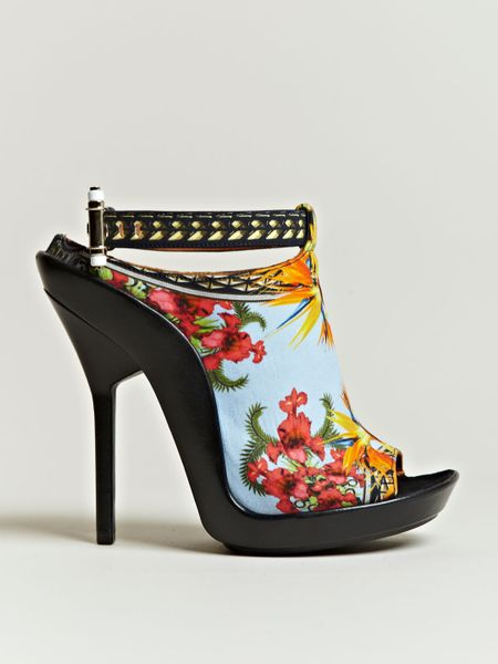 Givenchy Womens Printed Open Toe Stilettos in Multicolor (multicolour)