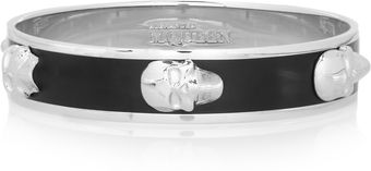 Alexander McQueen Enameled Skull Bangle - Lyst