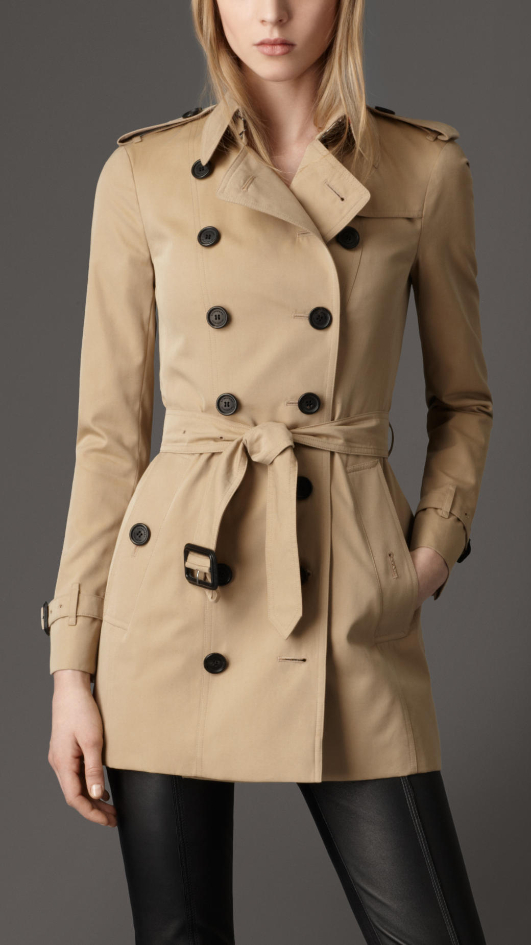 Burberry Short Cotton Gabardine Trench Coat In Natural
