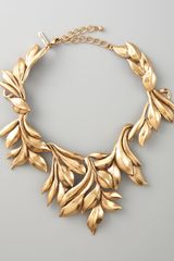 Oscar de la Renta Gold Leaf Collar Necklace - Lyst