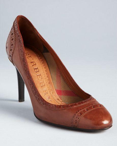 burberry high heel pumps brogue chantrey in brown walnut