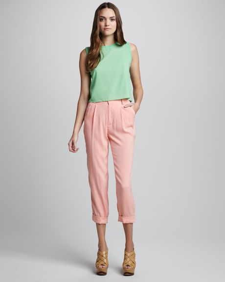 Alice + Olivia Arthur Tapered Pants in Pink (peach) - Lyst