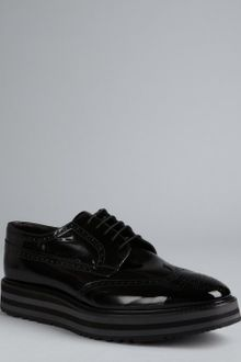 Prada Fumo Patent Leather Platform Wingtip Oxfords - Lyst
