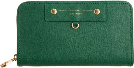 Marc By Marc Jacobs Preppy Leather Large Zip Wallet in Green (gold) - Lyst