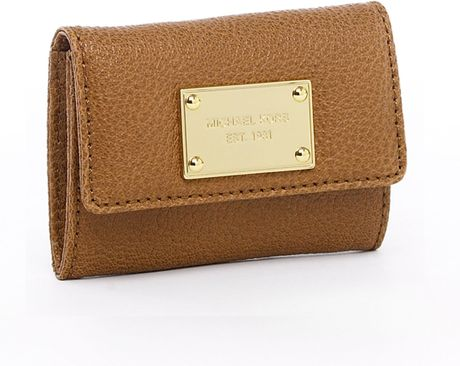 Michael By Michael Kors Jet Set Flap Coin Holder Luggage Black Or Golden in Brown (black) - Lyst