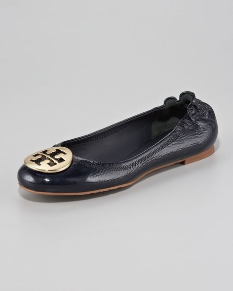 Tory Burch Reva Tumbled Patent Ballerina Flat  in Black (tory navy gold) - Lyst