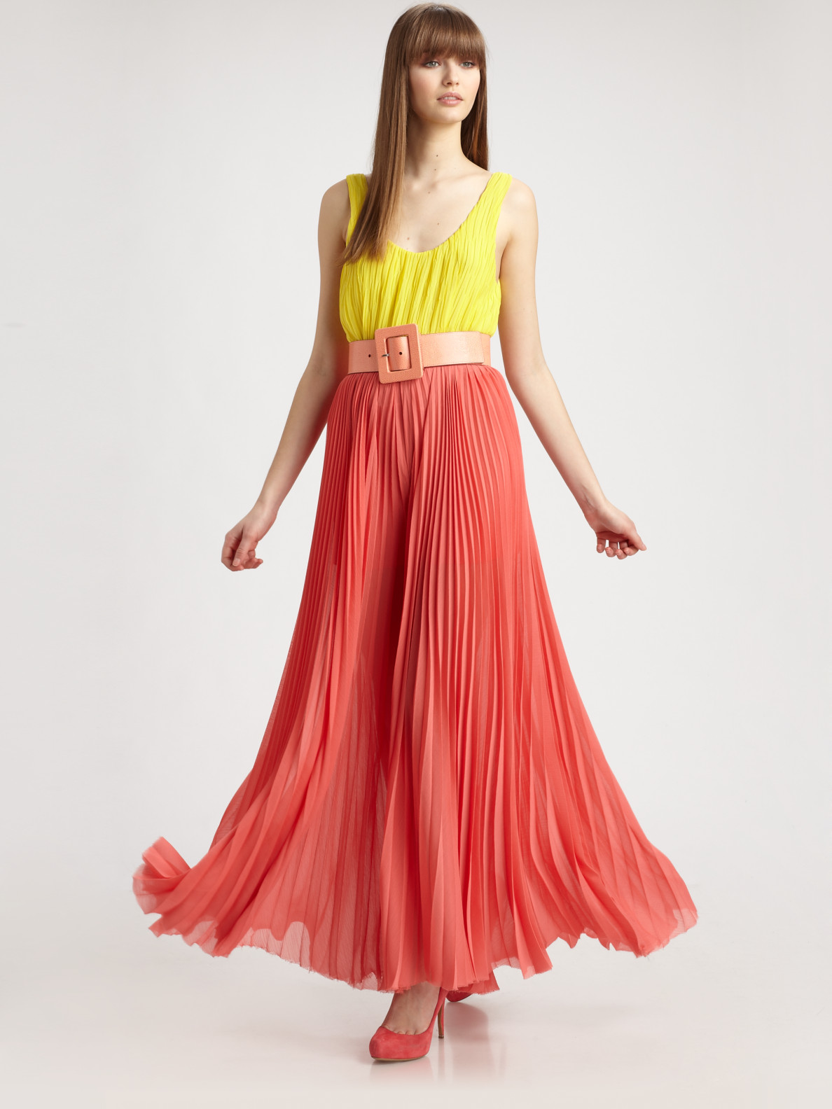 Lyst Alice Olivia Leila Pleated Maxi Dress In Red