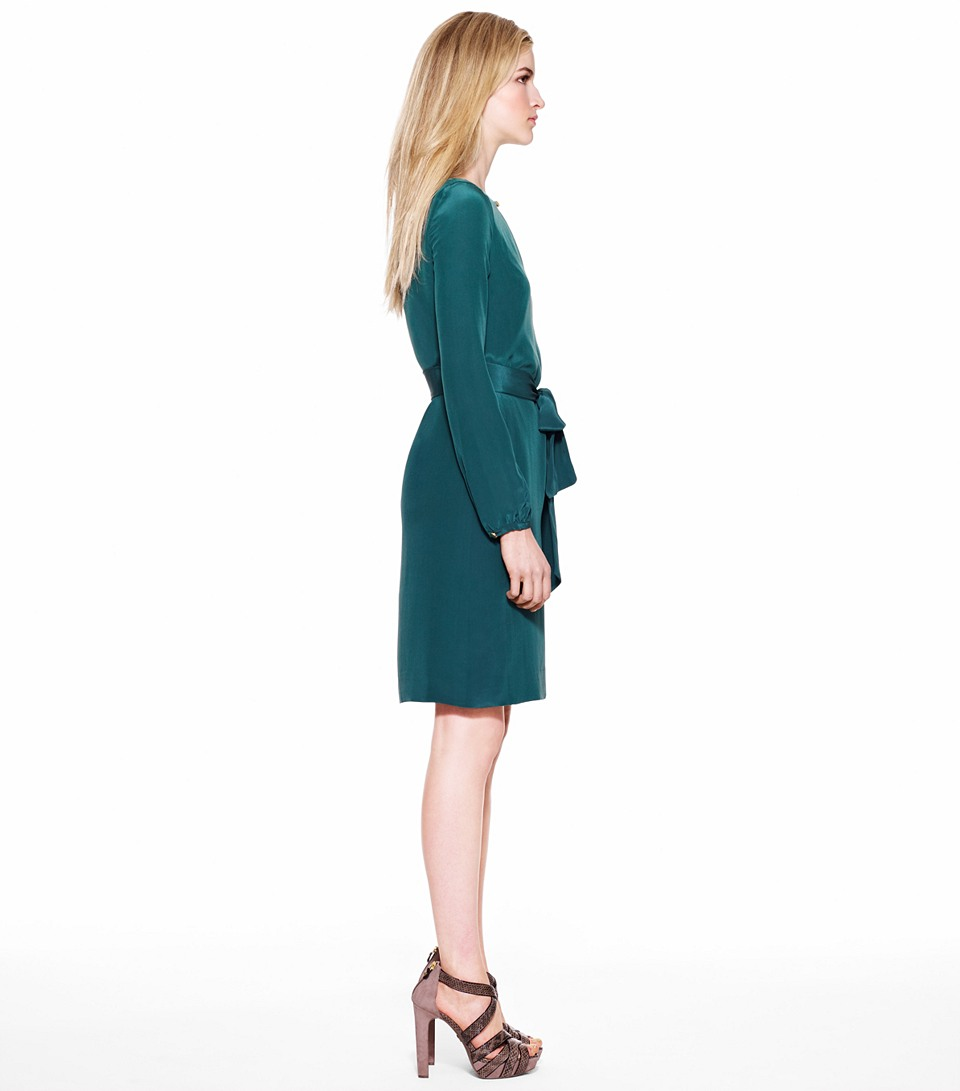 Lyst tory burch kathy dress in green for Tory burch fashion island