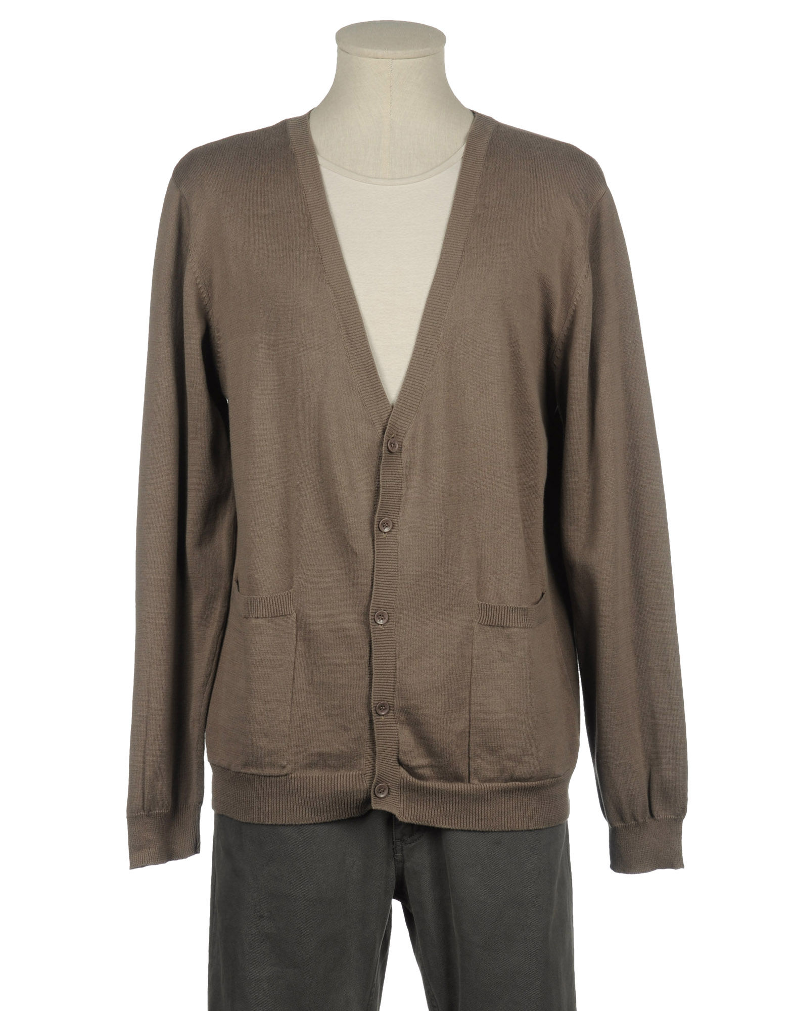 Sweater and cardigans. Sweater and cardigans for men can be really fashionable and can help you to achieve a sophisticated, classy, bohemian or smart look!