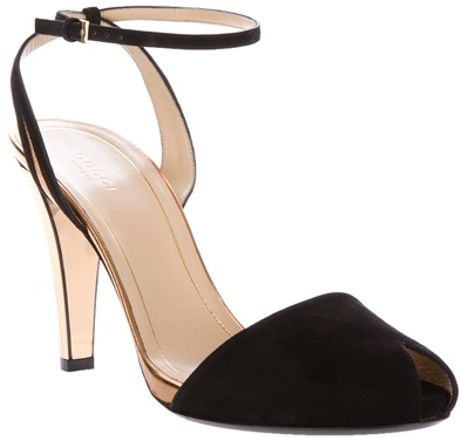 Gucci Peep Toe Pump in Black - Lyst
