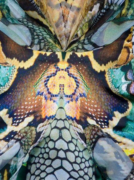 Alexander Mcqueen Snakeskin Print Dress In Multicolor