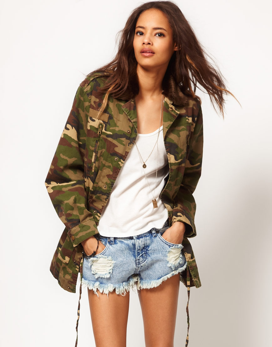 lyst asos collection asos army camo jacket with detachable fur trim collar in green. Black Bedroom Furniture Sets. Home Design Ideas